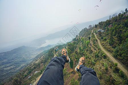尼泊尔博卡拉滑翔伞航拍图片