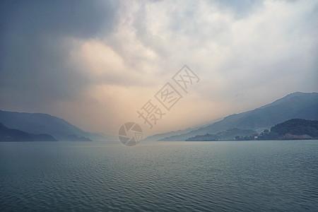 尼泊尔费瓦湖落日图片