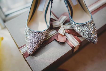 新娘婚礼上的婚鞋图片