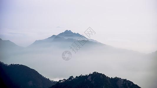 山顶美丽的风光图片