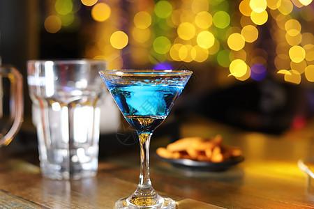 暂无图片logo_酒吧的香槟酒高清图片下载-正版图片500676534-摄图网