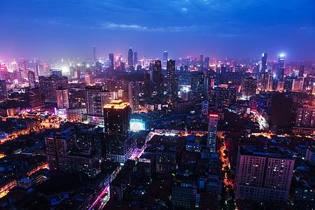 俯瞰城市灯火图片