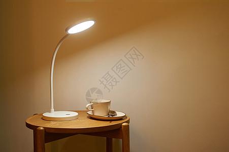 台灯床头灯办公灯灯具图片