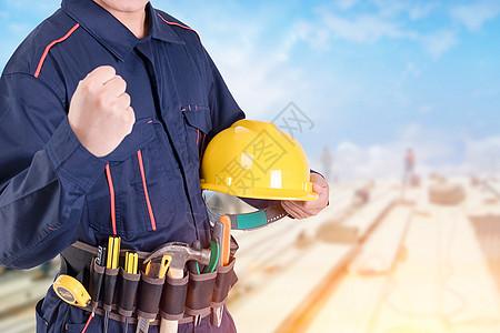 工人安全施工图片