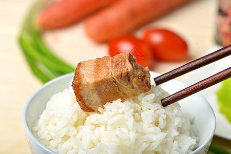 米饭 红烧肉图片