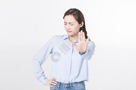 青年女性拒绝动作图片