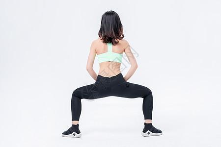 运动健身女性背影展示图片