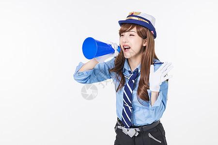 二次元女警拿喇叭喊话图片