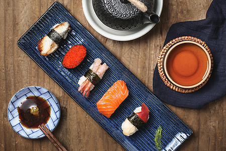 日式料理美食手握寿司图片