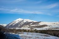 新疆禾木村冬季雪景美景图片