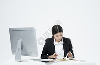 记笔记的职业女性500877873图片