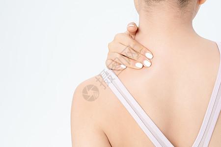 运动健身女性脖子疼图片