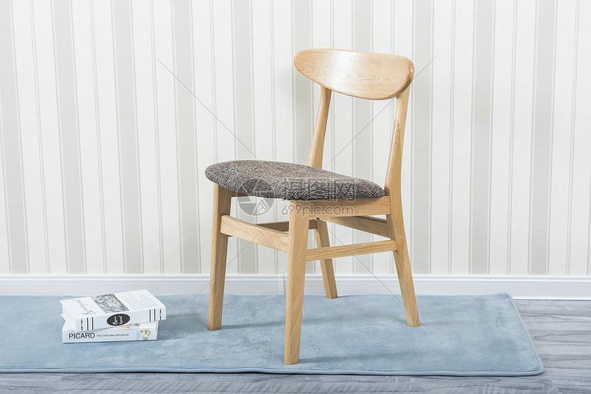 北欧日式繁复实木餐椅亚游ag官网 图片