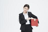 送礼物的职业女性500879696图片