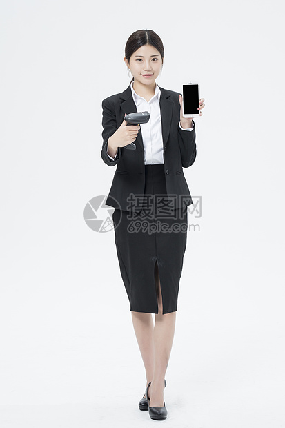 扫码的职业女性图片