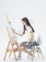 画画的女学生500880019图片