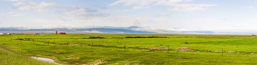 新疆天山牧场全景图图片