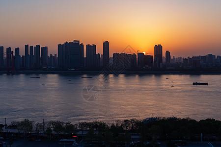 日落长江两岸风光图片