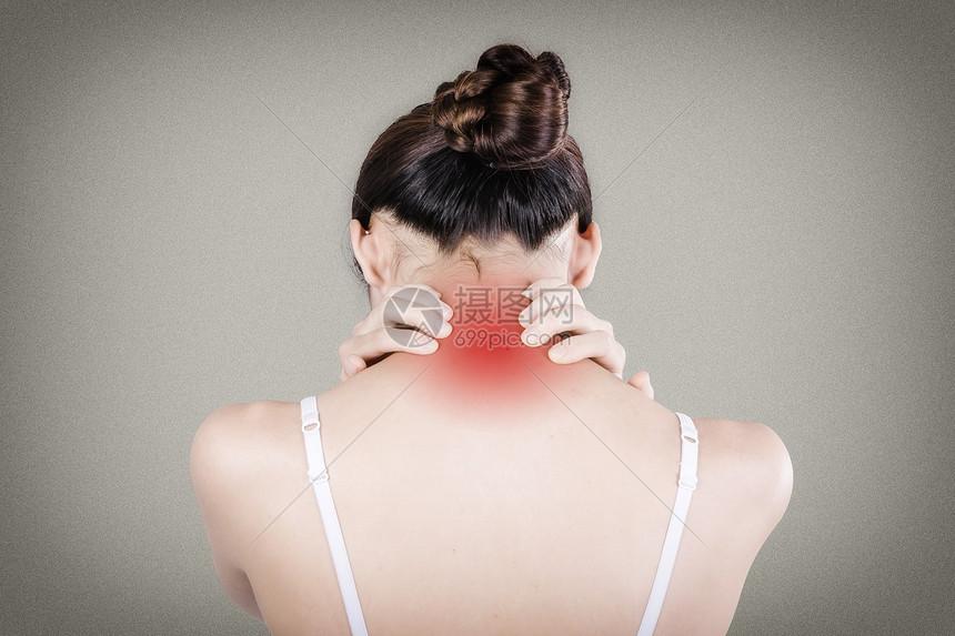 脖子疼痛图片
