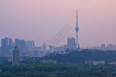 武汉龟山上的电视塔图片