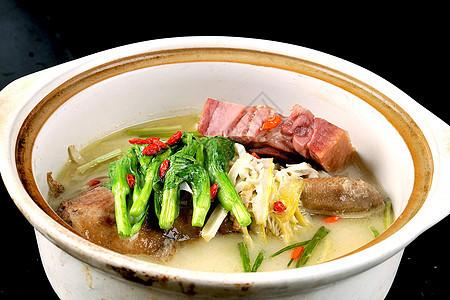 砂锅鱼头汤图片
