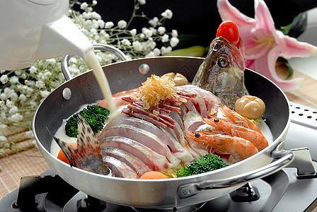 生焗鱼汤图片