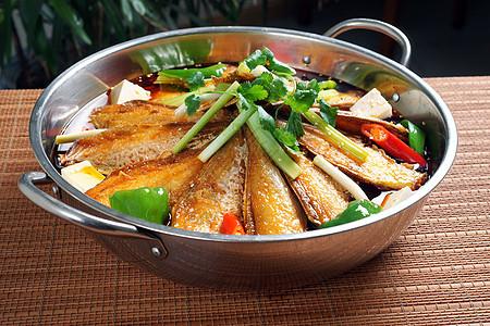 清焖鲳鱼图片