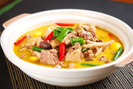 砂锅炖土鸡图片