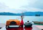 泸沽湖边图片