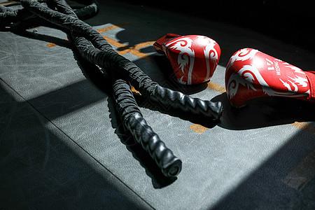 健身房绳索图片