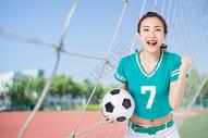 足球女孩图片