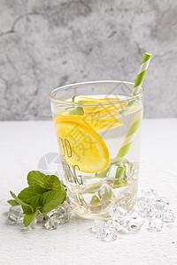 冰爽柠檬汁图片