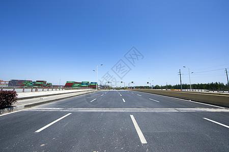 城市道路图片