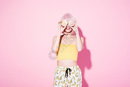时尚女性粉色创意照图片