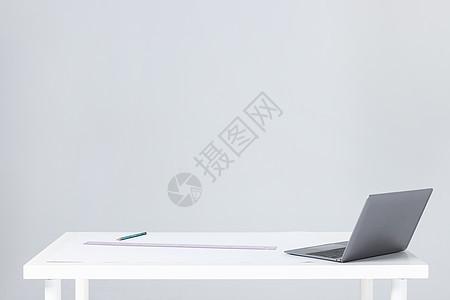 设计师办公桌面图片
