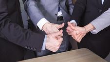 商务团队手势动作图片
