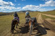 内蒙古草原骑行图片