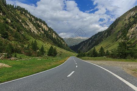 瑞士阿尔卑斯山自然风光图片
