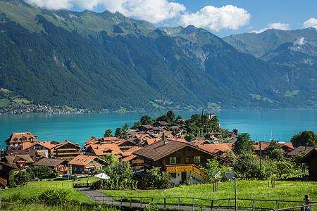 瑞士因特拉肯湖边小镇图片
