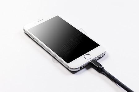充电的手机图片
