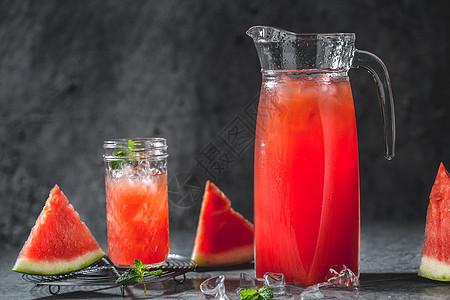 暗调冰爽夏季西瓜汁图片