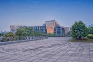通向武汉琴台大剧院的路图片