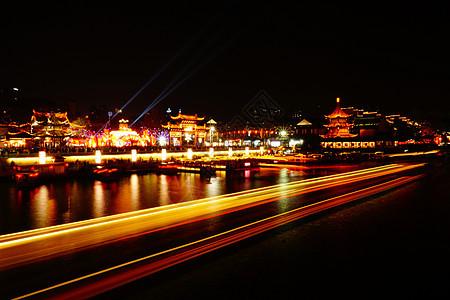 夜晚秦淮河畔的灯会图片