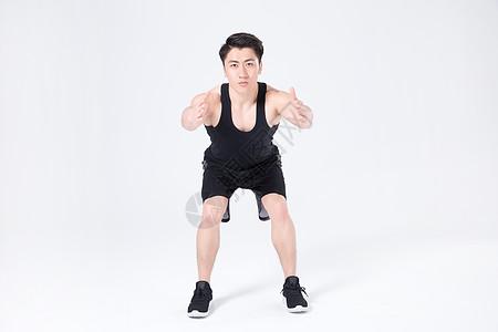 运动健身男性人像蹲马步图片