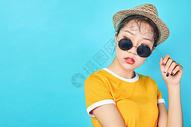 色彩女性俏皮可爱图片