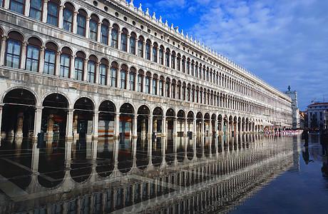 意大利威尼斯圣马可广场涨水城市风光图片