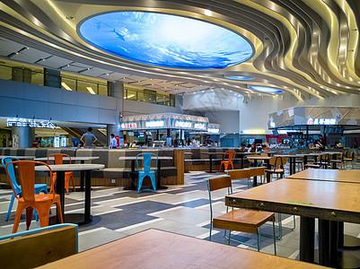 空旷整洁的餐厅图片