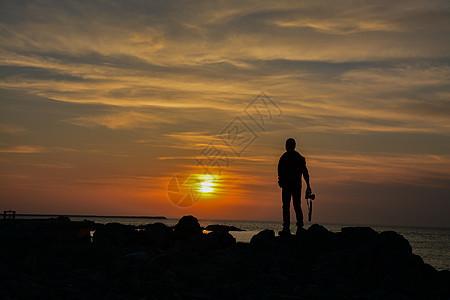 海边剪影图片