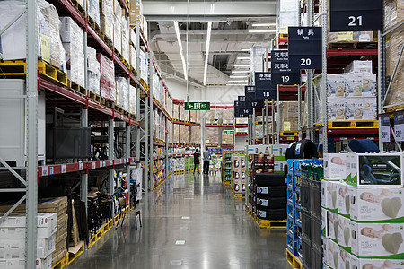 超市购物货架图片