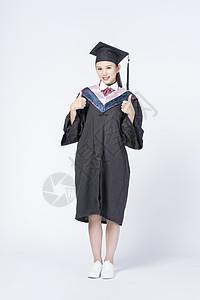 毕业女学生形象图片
